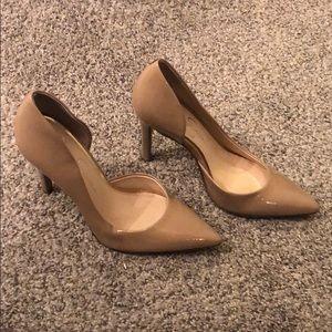 Jessica Simpson pointed toed heels